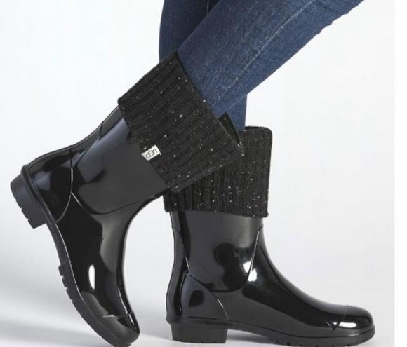 f6b80e177b4 ForOffice | ugg sienna rain boots socks